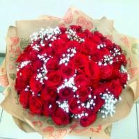 51 роза в крафте-8545 р.