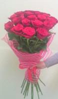 21 высокая роза в сетке 3680 руб.