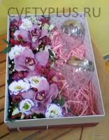 Подарок в цветочном оформлении от 2000 руб